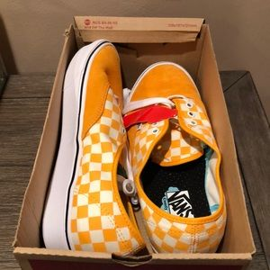Men's vans size 11 NEW IN BOX